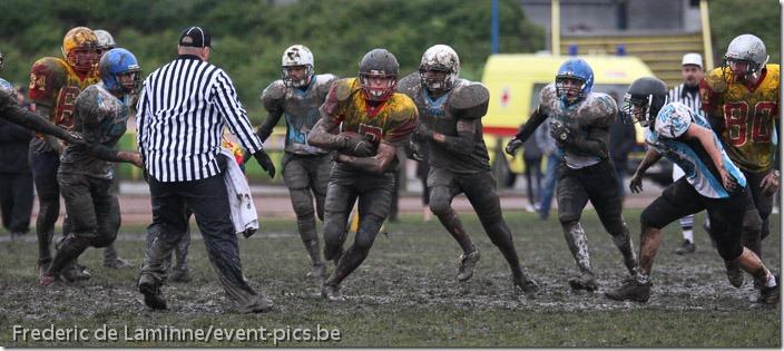 Foot US, Championnat Junior. Liege Monarchs contre Brussels Tigers. Victoire de Liege ce qui leur permet d'acceder aux Play-Offs