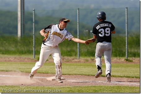 smc_20130608_0127_Baseball_1BB_Angels_Stars