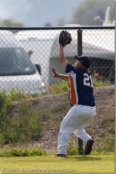 smc_20130713_0246_Baseball_1BB_Angels_Phoenix